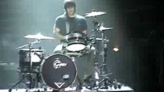 ♫ Projekt Revolution 2008 Rob Bourdon Solo ♫