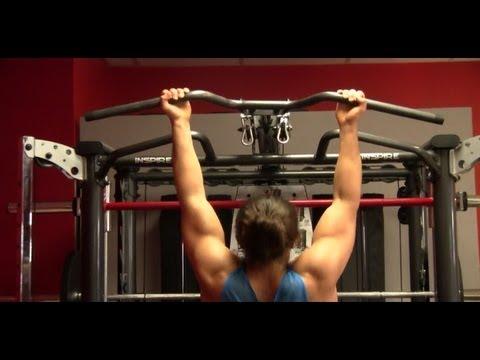 How a BEGINNER Should Workout vs an ADVANCED Weight Lifter!