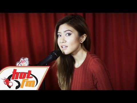 ELIZABETH TAN - Tabah (LIVE) - Akustik Hot - #HotTV