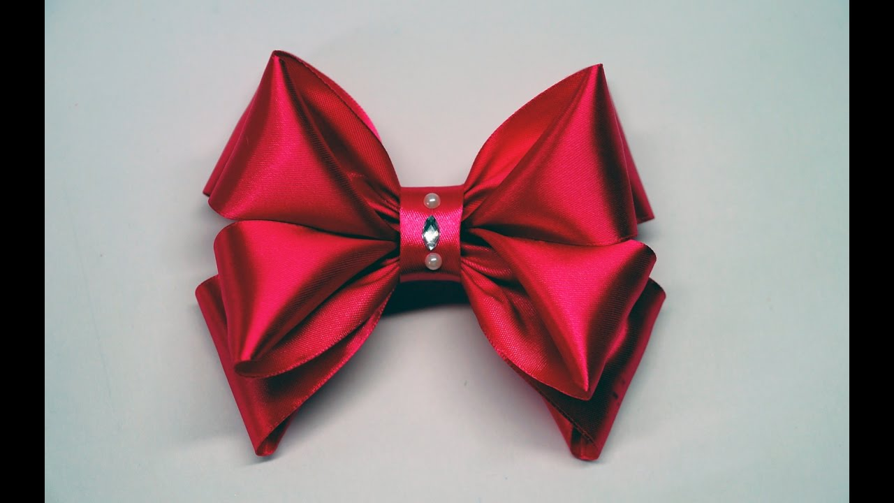 Decor Crafts How To Make Simple Easy Bow Of Satin Ribbons Ribbon