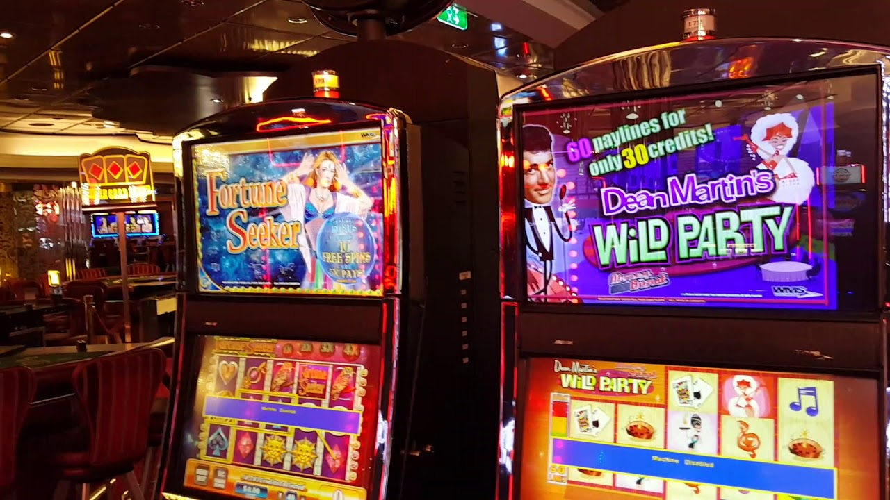 Royal Caribbean Oasis of the Seas Casino Royale Photos - 92 Pictures