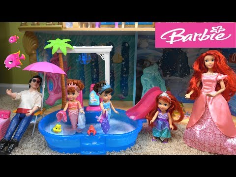 Barbie vs. Princess Ariel Spring Cleaning Story with Barbie Dream House and Under the Sea Castle