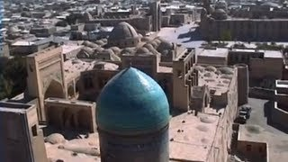 Du Kirghizistan a l'Ouzbekistan, yourtes et mosquées bleues