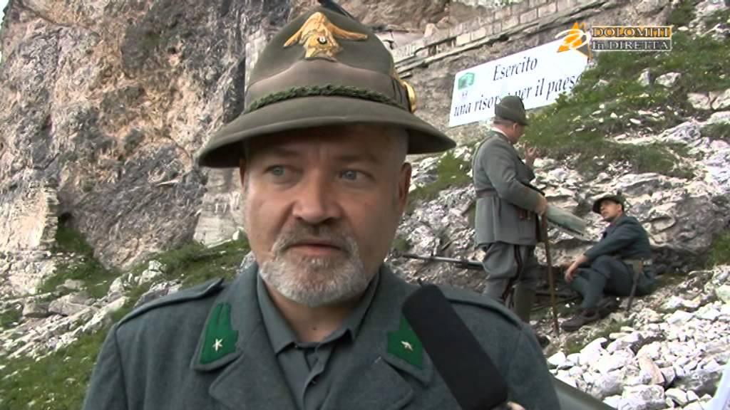 Alpini (Esercito Italiano) al Falzarego - 7 - YouTube c1593c268b11