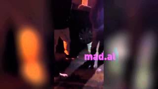 Repeat youtube video Ekskluzive: Ledri Vula largohet me nje vajze ne krahe