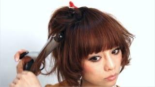 韓流スターのような艶感のある肌をリキッドファンデーションで作ってい...