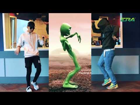 Johara x As'ad Motawh Buat Alien Dance