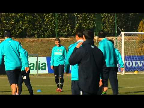 Training At Appiano Gentile  Inter 2010/11