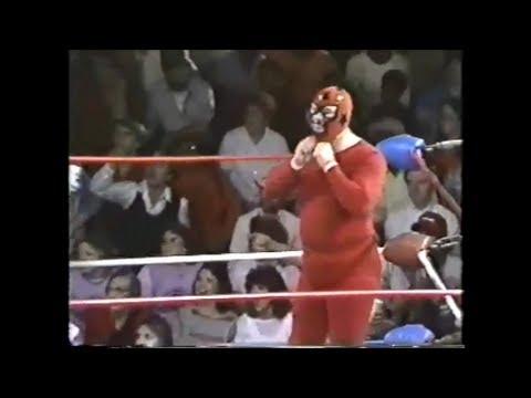 Kamala vs Masked Marvel