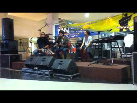 Oscar Dhio Aksa - Home (Daughtry Cover)
