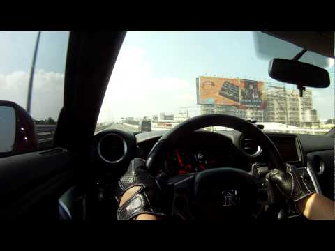 SLEX SKYWAY GALLARDO GT-R R8