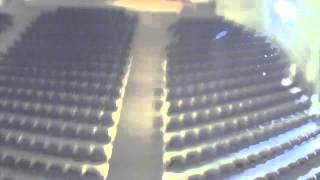 Смотреть всем   видео с камер внутреннего наблюдения   торнадо разрушает школу(На нашем канале огромное количество видеороликов о торнадо, цунами и других природных катастрофах! Подпиши..., 2014-02-27T18:51:33.000Z)