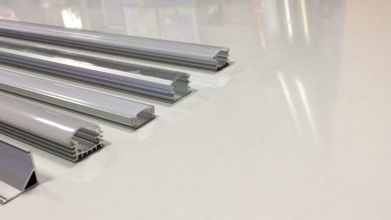 Profili Alluminio Per Strisce Led Promoself Com Youtube