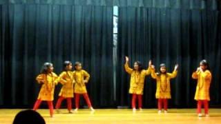 Eshita performing Pal Pal Hai Bhari