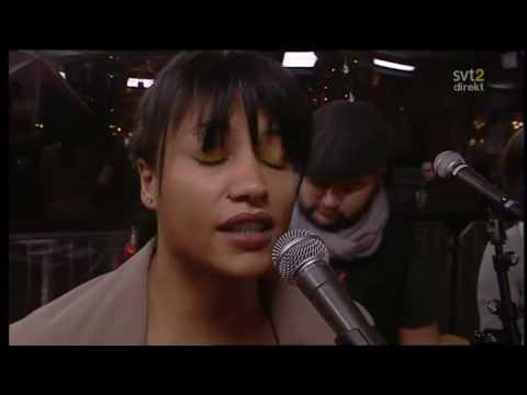 Pauline - Give Me A Call (Live Musikhjälpen 2008)