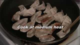Fast Chinese Dumplings:  Jiaozi Pot Stickers (quick Steam Recipe)