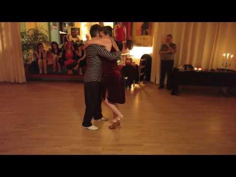 2017.01.07 1/3 Tango Week End in Reykjavik - Daniela und Raimund