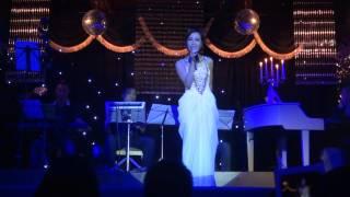 02 Mượn - Uyên Linh (Opera Lounge 11/08/2013)