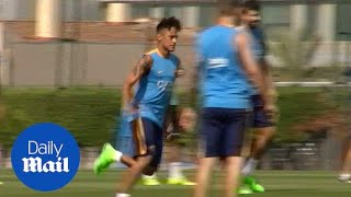 Neymar Jnr back training with Barcelona ahead of Malaga game - Daily Mail