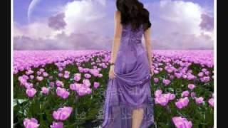 Tamer Hosny - El Wahda Betetelny ♥English & Arabic  Subtitles♥ Arabic Sad Love Song