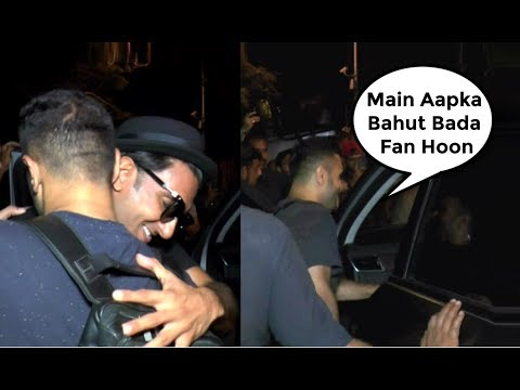 Ranveer Singh Hugged   Sweet Moment With