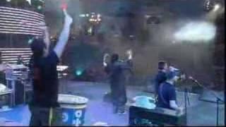 Caparezza - Vieni a ballare in Puglia. Live primo maggio
