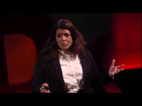 How to Have a Good Conversation | Celeste Headlee | TEDxCrea