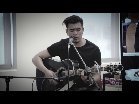 My Queen - Joseph Vincent (Live at UHWO)