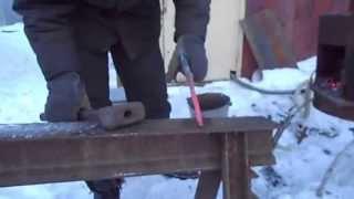 BYRRER.Ковка ножа из сверла(http://www.youtube.com/1BYRRER., 2013-07-19T23:05:29.000Z)