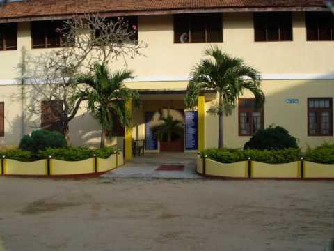 Vembadi Girl's High School with school song 2010.wmv