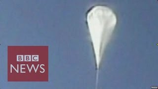 Nasa launches helium balloon to test Mars landings - BBC News