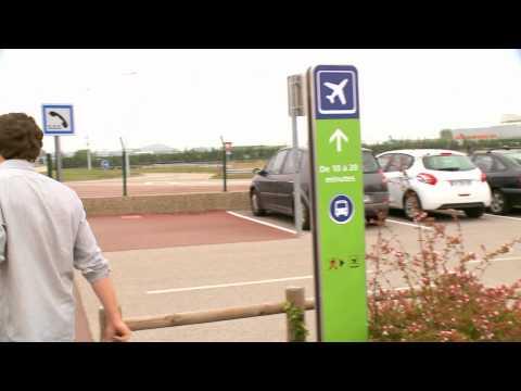 Aéroports de Lyon :  Le Parking P5 et la géolocalisation / The P5 car park and geolocation