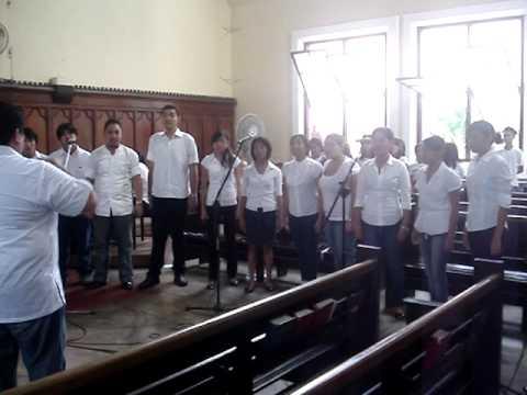 Silliman University Campus Choristers singing Tom Fettke's Now Unto Him