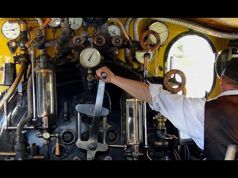 Steam on the Oberalp Pass, watch the driver & fireman at work