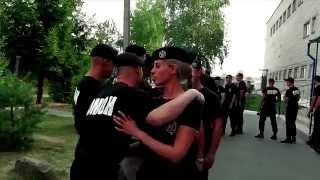 Омоновцы сдали экзамен на право ношения черного берета