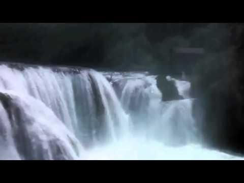 Štrbački Buk - Skok Kajakom // Nacionalni Park Una