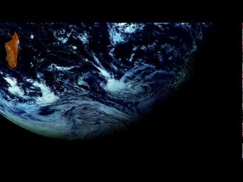 Orbiting planet Earth- A Timelapse of the southern Hemisphere.