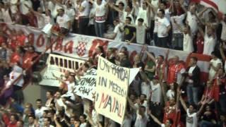 L'accoglienza di Pistoia ai tifosi di Cantù [Pistoia Basket - Cantù 88-87] thumbnail