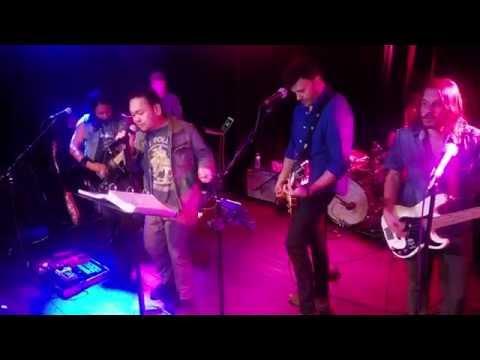 Kings Of Leon - Sex On Fire - Rechie @ Karaoke (Federal Bar) w/ Paulie Z &  The Royals