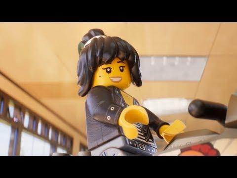 The LEGO NINJAGO Movie - Me & My Minifig: Abbi Jacobson