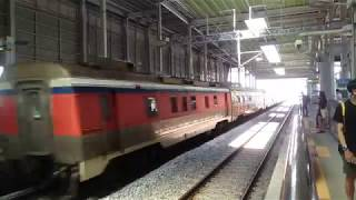 [철도] 경춘선 남춘천역 와인시네마 트레인(열차) 통과…