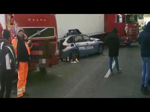 Messina, incidente con un tir in autostrada: 3 morti e 6 feriti