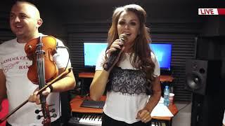 Descarca COLAJ DE OLTENIA LIVE Amalia Ursu si Vasilica Ceterasu & Formatia din studiou