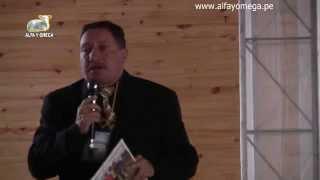 Ovnis en la sierra de Perú. Ufólogo Edgar Lezama. Congreso UFO Alfa Y Omega 2015 Huancayo.