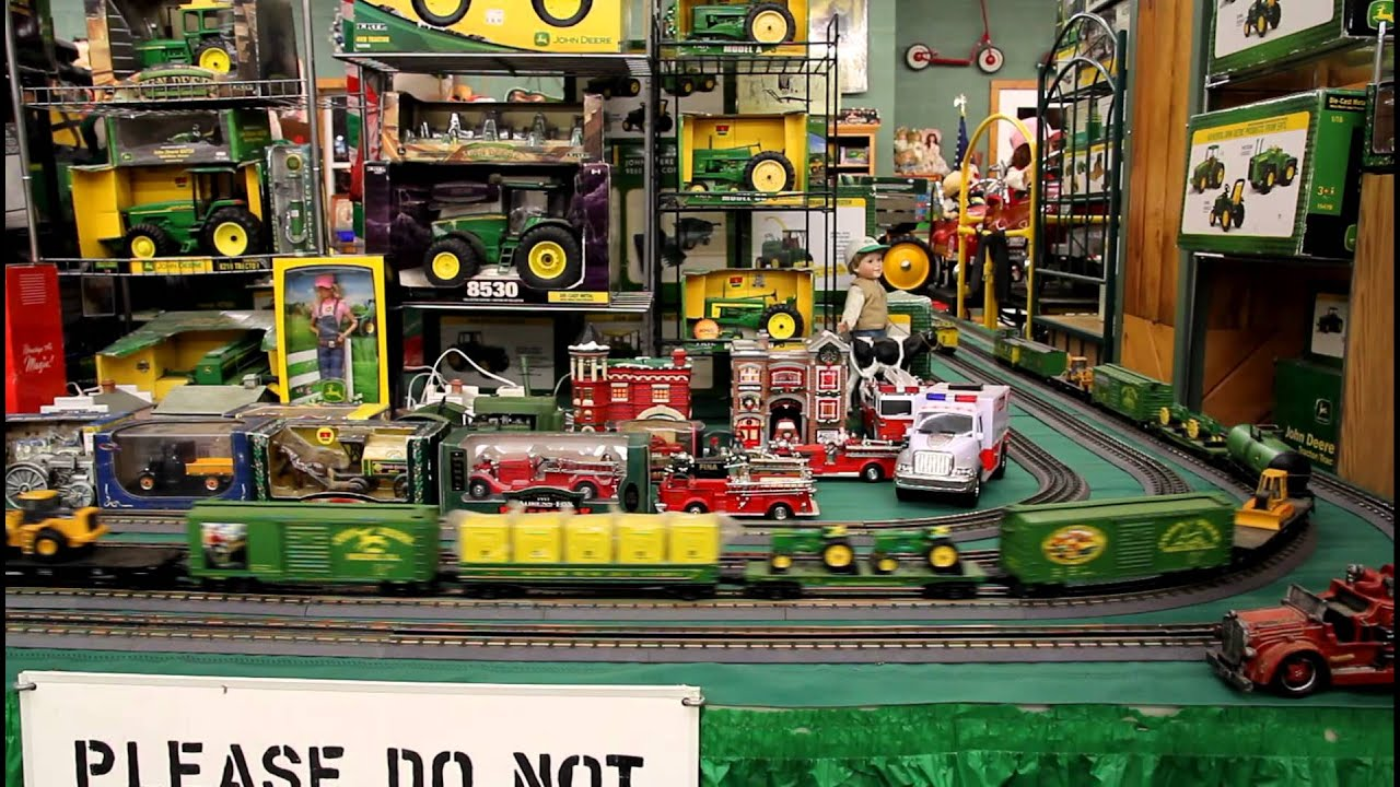 Lionel Train Set Display