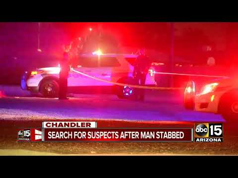 Man hospitalized after robbery attempt in Chandler, suspects at large