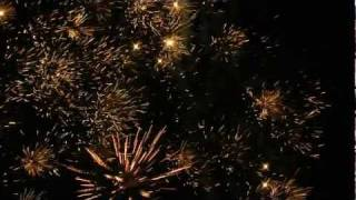 Repeat youtube video Best Firework Sound Effect [HQ] - Real Sound and Footage
