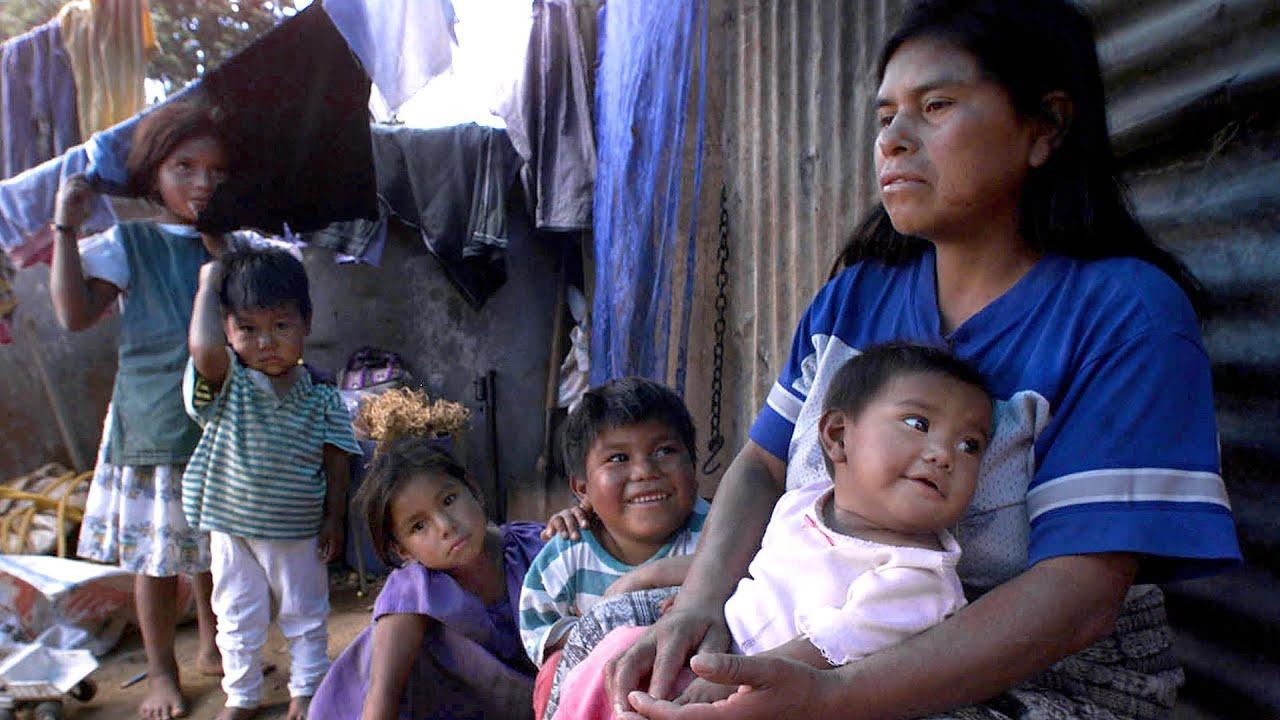 Madre soltera de guatemala se deja coger para asi poder mantener a su bendicion - 2 8