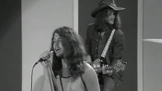 Deep Purple 's Strange Kind Of Woman on Italian TV 1971