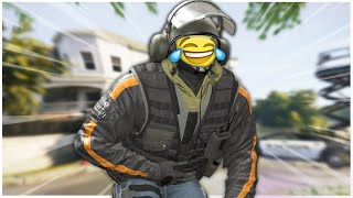 Rainbow Six Siege but we can't stop laughing